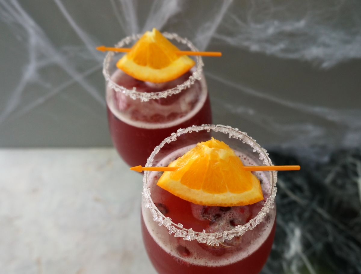 Halloween cocktails from Mirror80
