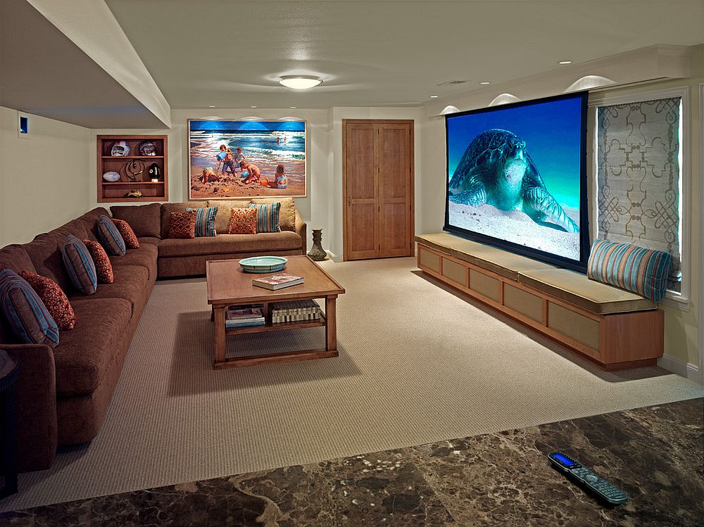 Image from the trip to the beach stands out in this home theater [From: Wipliance]