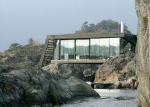 Innovative holiday home combines several small rocky islets