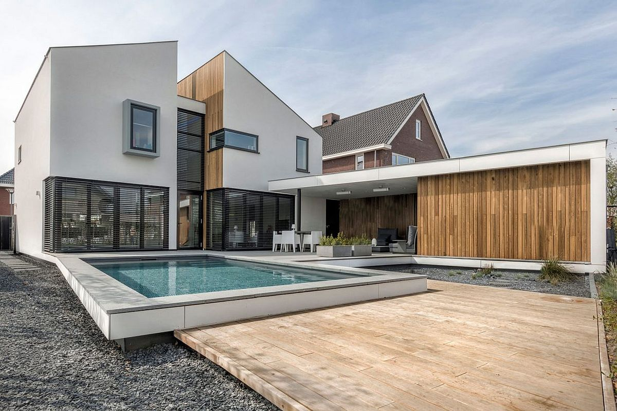 Modern Dutch home with gable rood and ample living space
