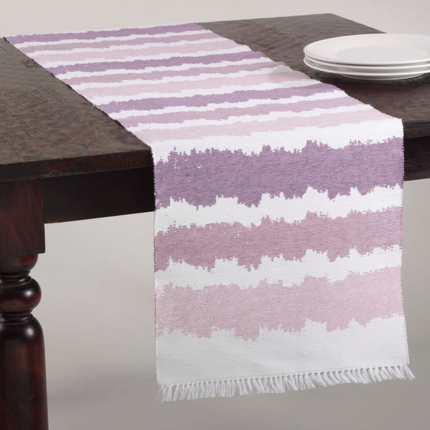 Ombre table runner from Etsy shop I Love Craftsy