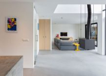 Open-and-spacious-contemporary-interior-of-House-Dassdonklaan-217x155