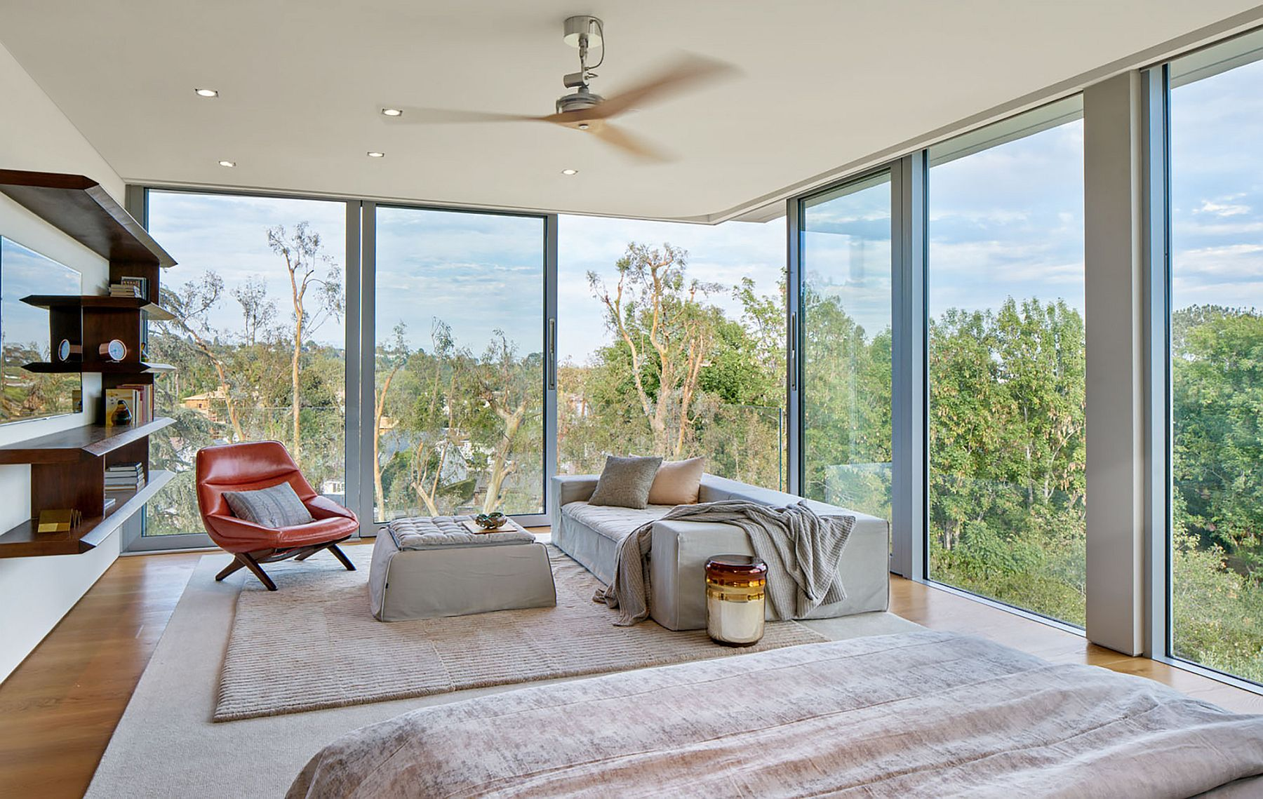 Relaxing room in neutral hues with wonderful valley views