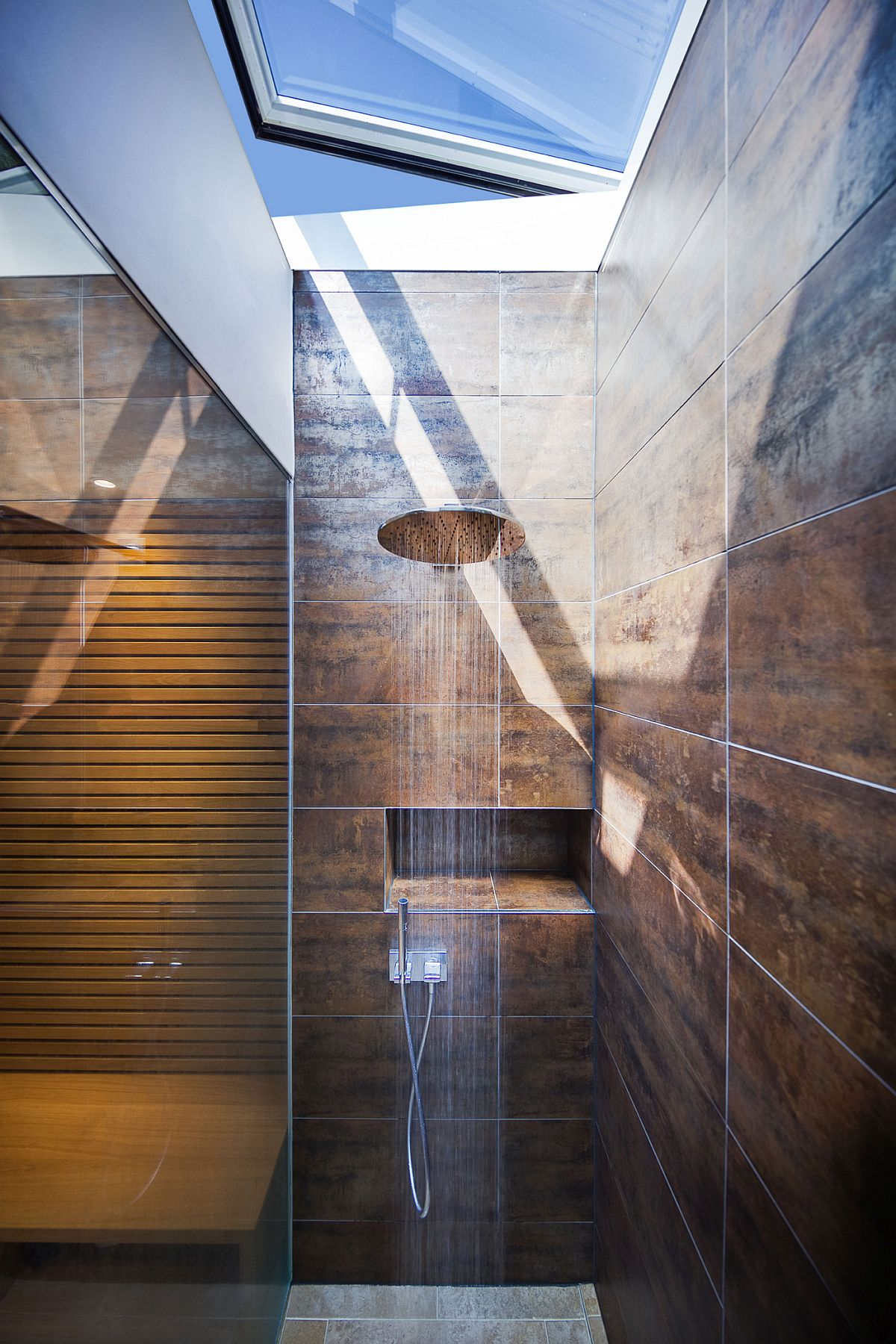 shower-with-skylight-inside-the-pool-house