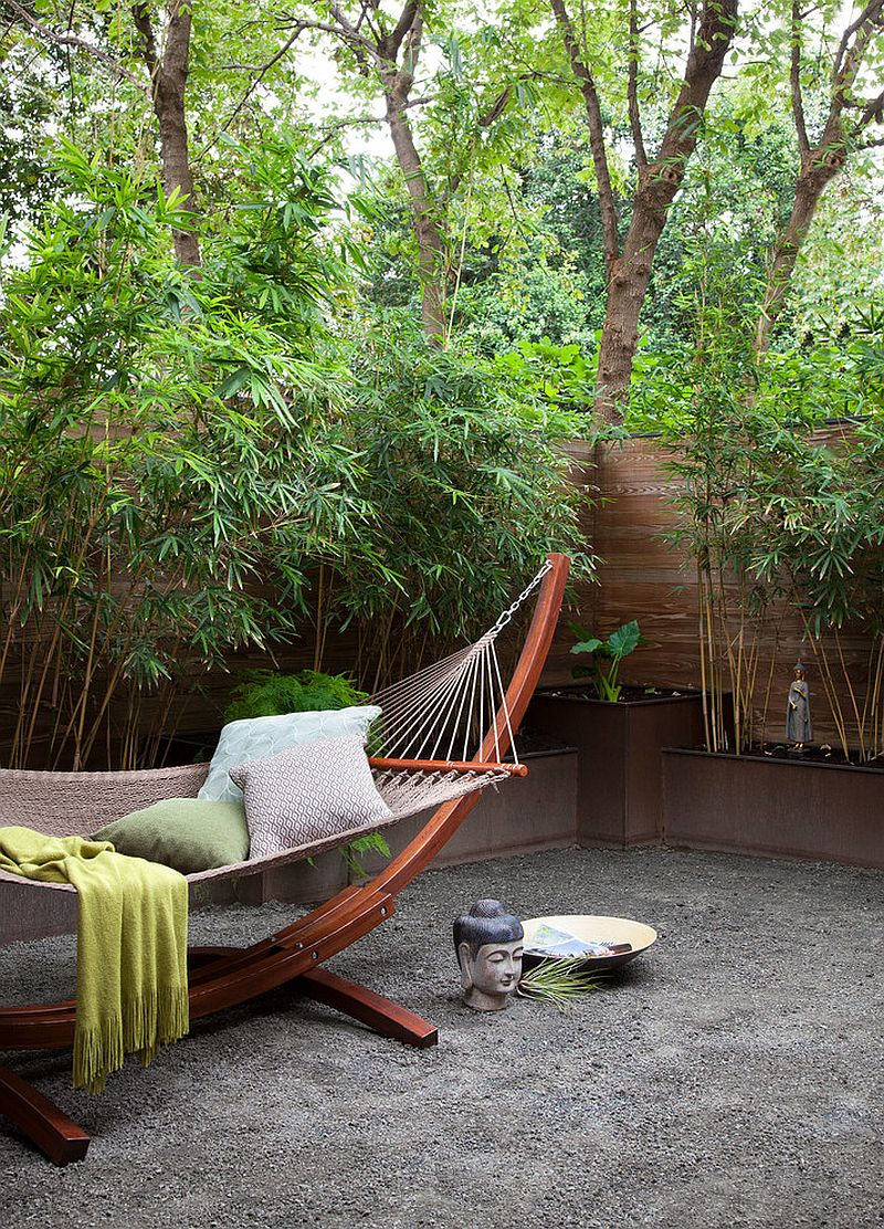 Small meditation courtyard with Asian style [Design: B. Jane Gardens]