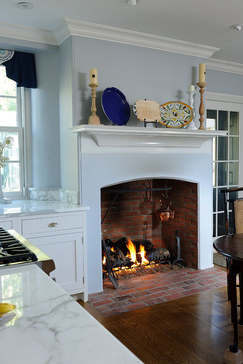 Smart fireplace for the traditional kitchen becomes the visual focal point