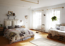 Studio-apartment-with-rustic-style-217x155