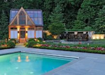 Style-of-the-pool-house-perfectly-complements-that-of-the-landscape-around-it-217x155