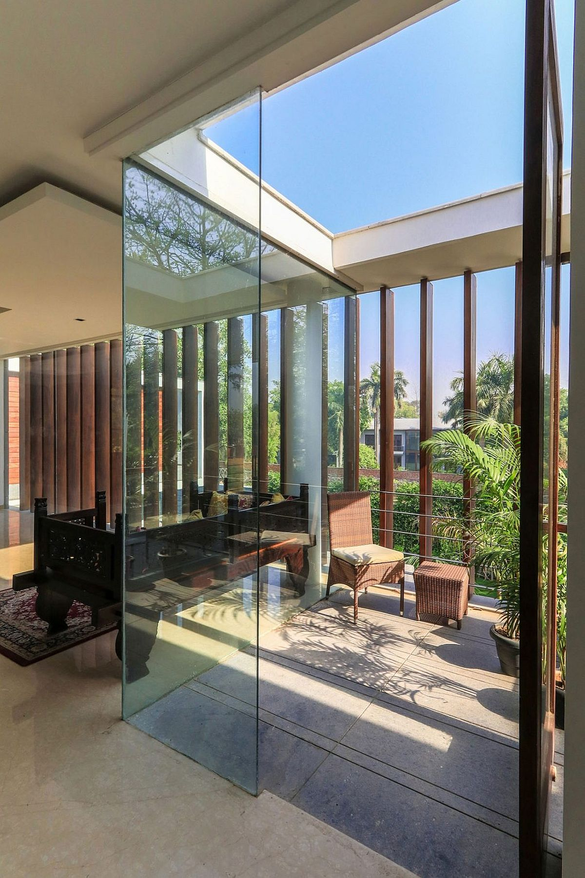 Wooden Slats Glass Walls And Modern Grandeur Gallery