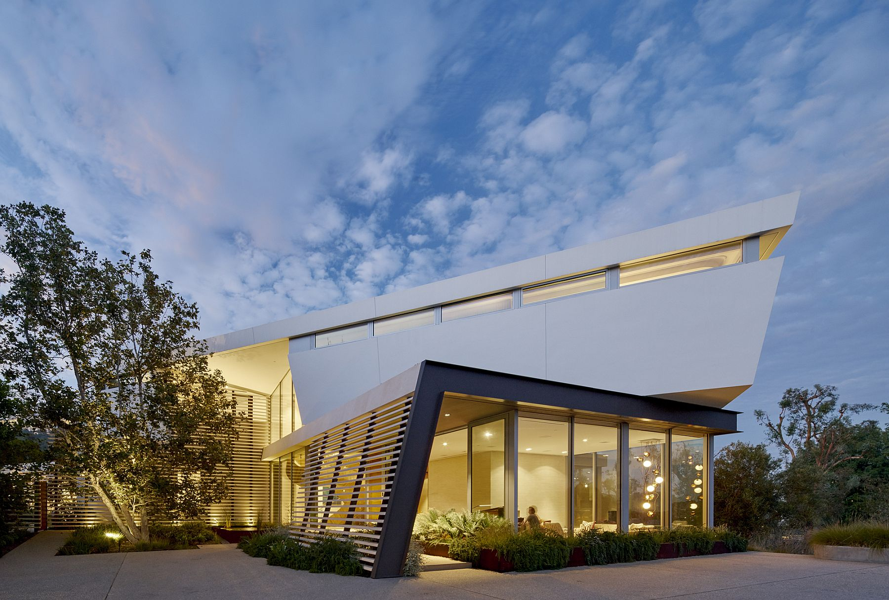 Tree Top Residence by Belzberg Architects in Los Angeles