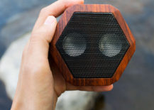 Water-resistant speaker