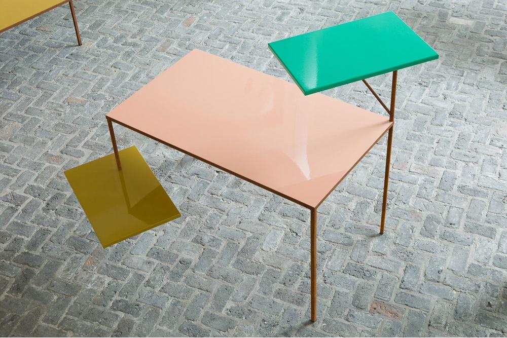 3 pieces desk.