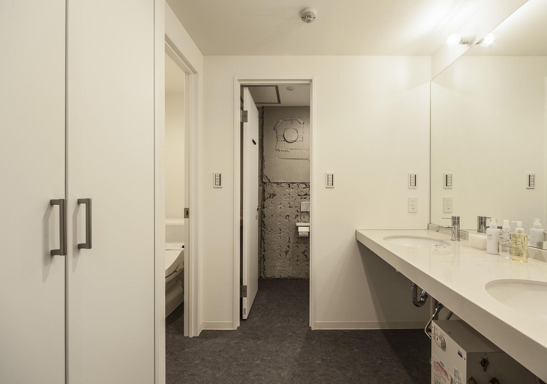 Bathrooms in white put ergonomics ahead of aesthetics