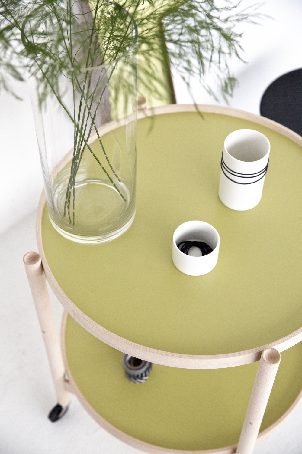 Bølling Tray Table with pear green trays. Image courtesy of Brdr. Krüger.