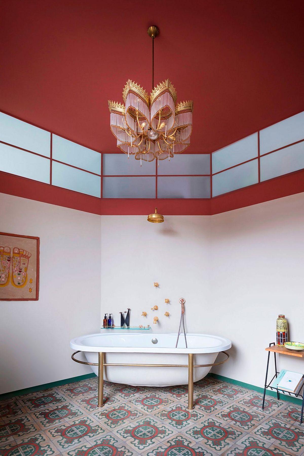 Corner standalone bathtub for the stylish retro bathroom
