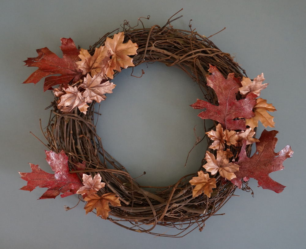 DIY fall wreath with foliage