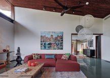 Decor from B&B Italia and Moooi shape the living room of the stylish Hyderabadi home