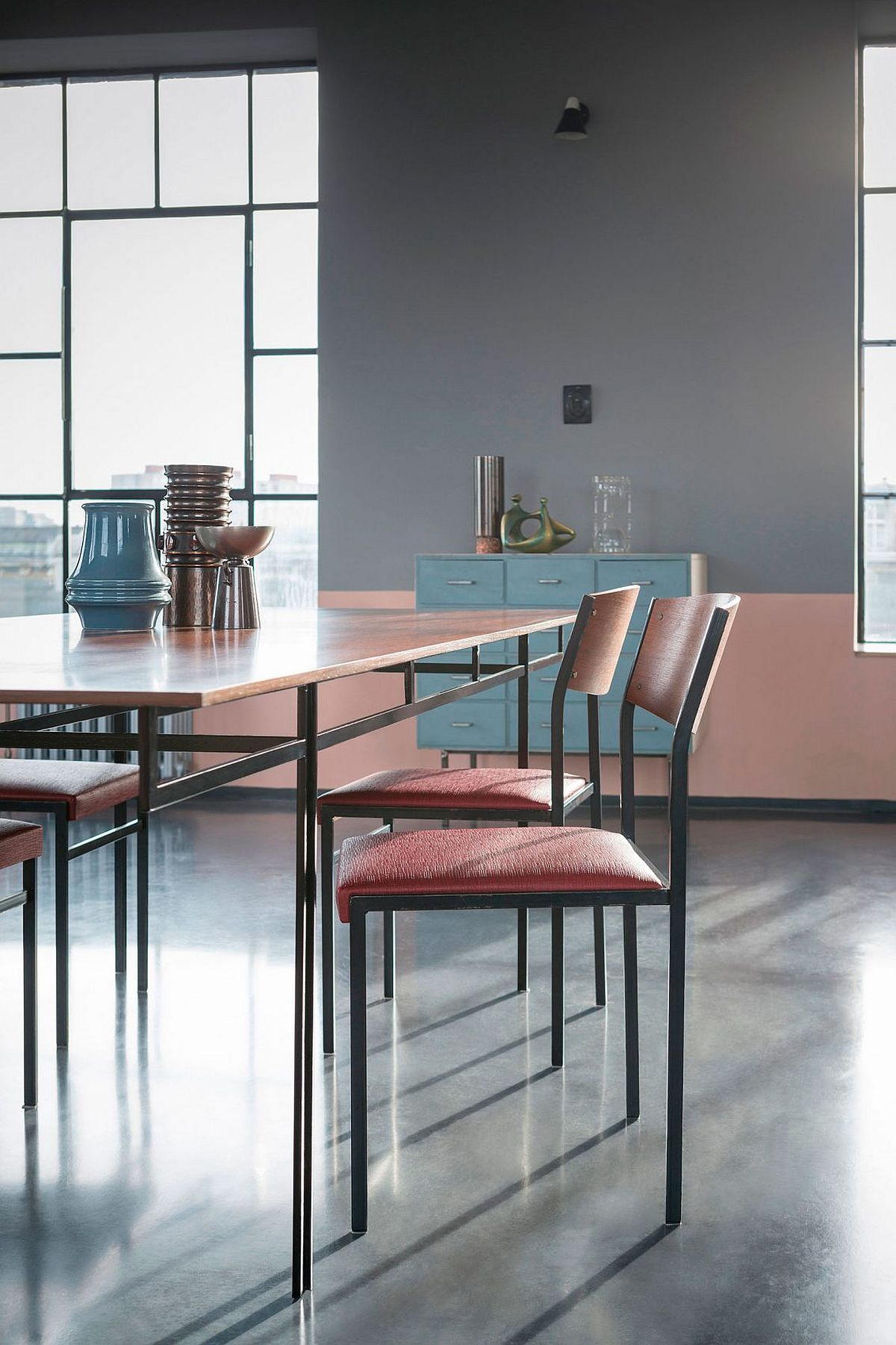 Dining table and chairs keep things simple and space savvy