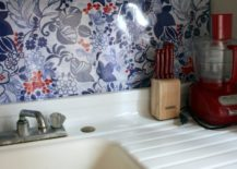 Fabric-and-plexiglas-backsplash-from-B