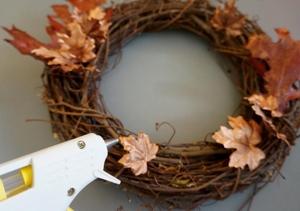 Fall wreath glue gun