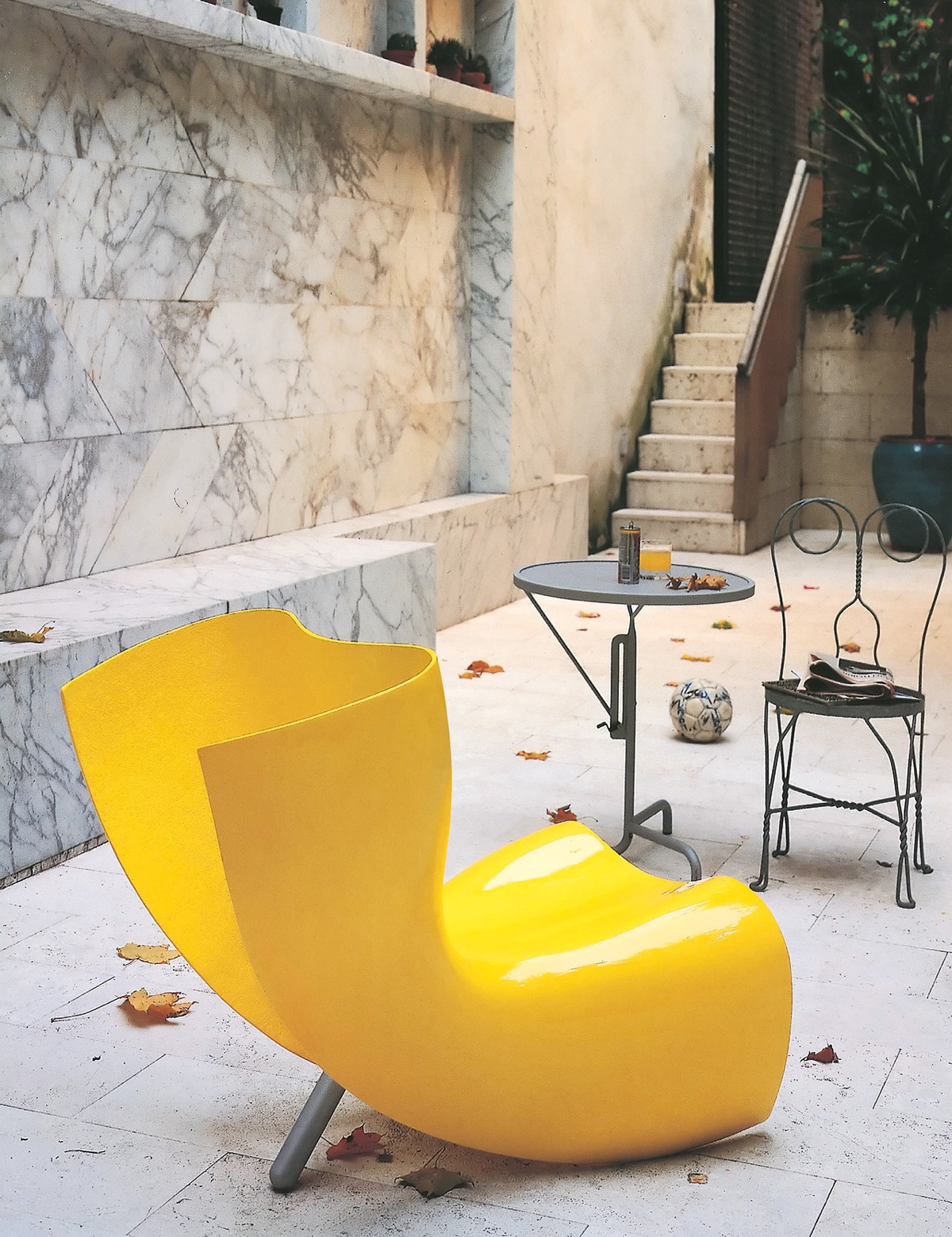 Felt chair by Marc Newson. Images courtesy of Cappellini.