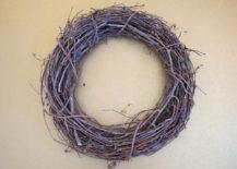 Grapevine wreath 217x155 A DIY Fall Wreath with Metallic Shine