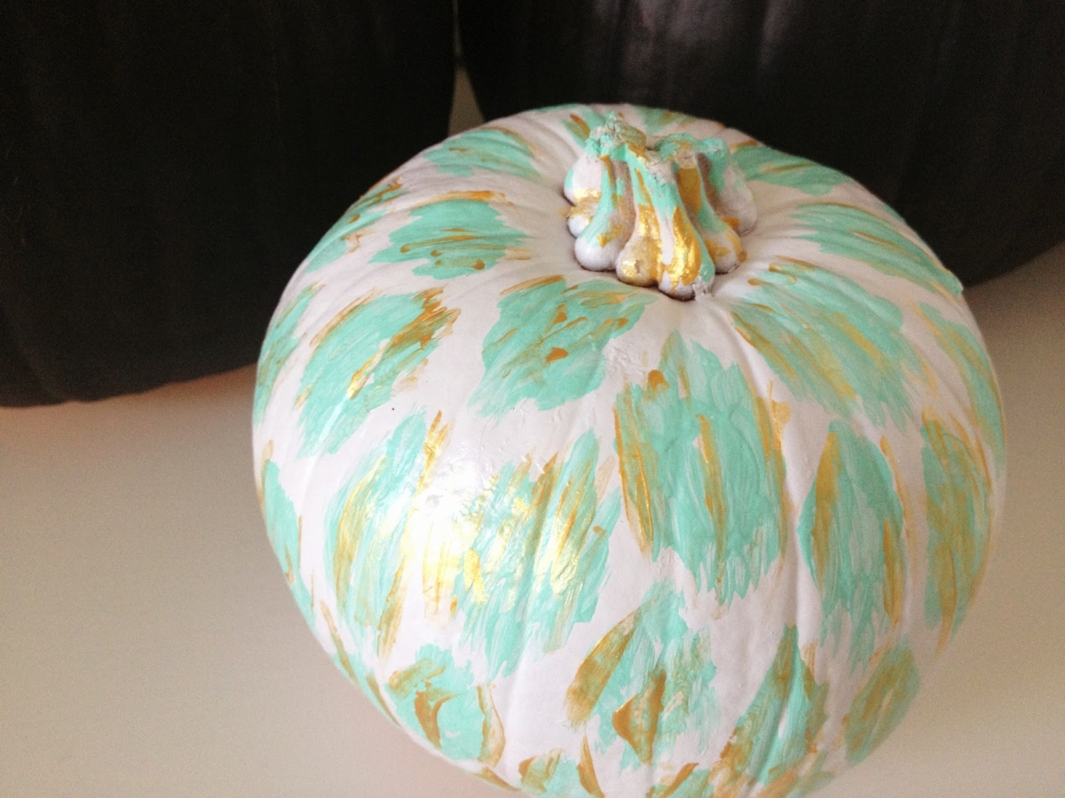 Ikat pumpkin from Decorgreat