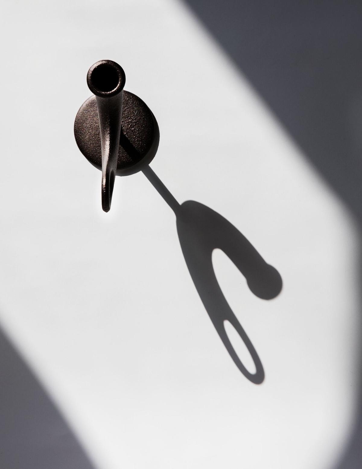 Ildhane in shadow