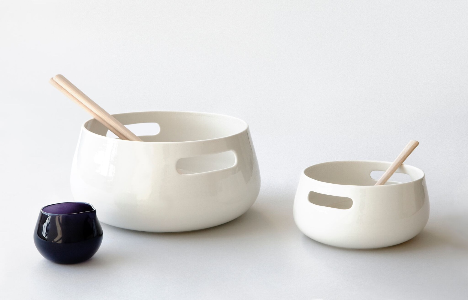 KOLMIKKO tableware by Maiju Uski.Photo by Chikako Harada courtesy ofMaiju Uski.