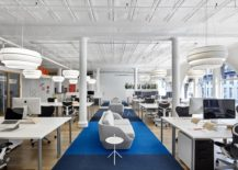 Lovely walkway and plush sofas create a relaxing environment inside the office