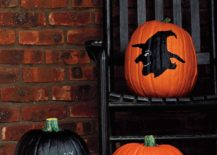 Painted pumpkin idea with chalkboard paint and cool motifs 217x155 25 Awesome Painted Pumpkin Ideas for Halloween and Beyond!