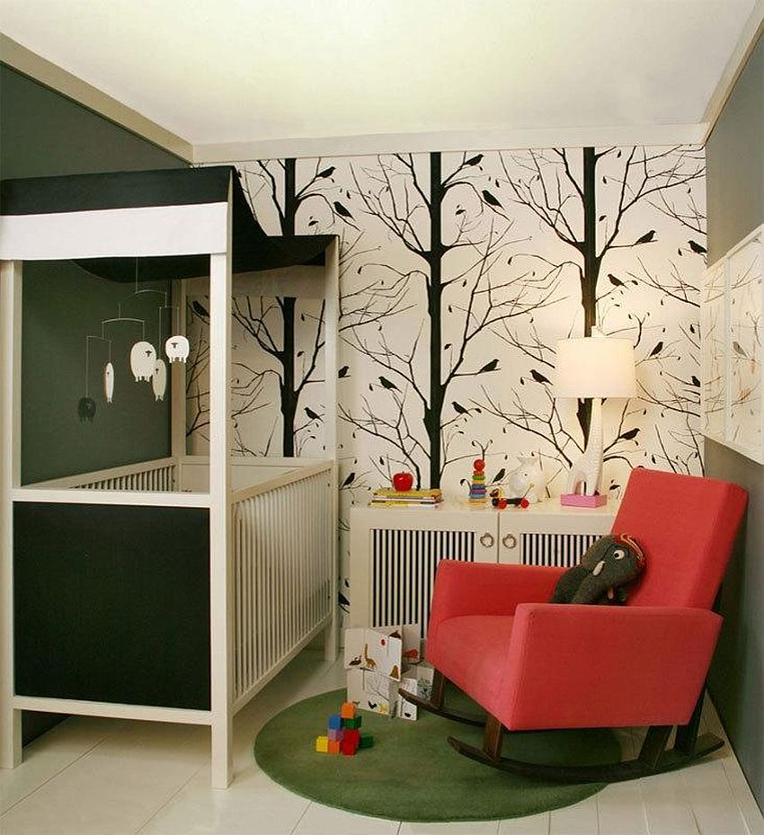 Pattern of the wallpaper allows the nursery to easily grow up along with your little one [From: Houzz/ Becky Harris]