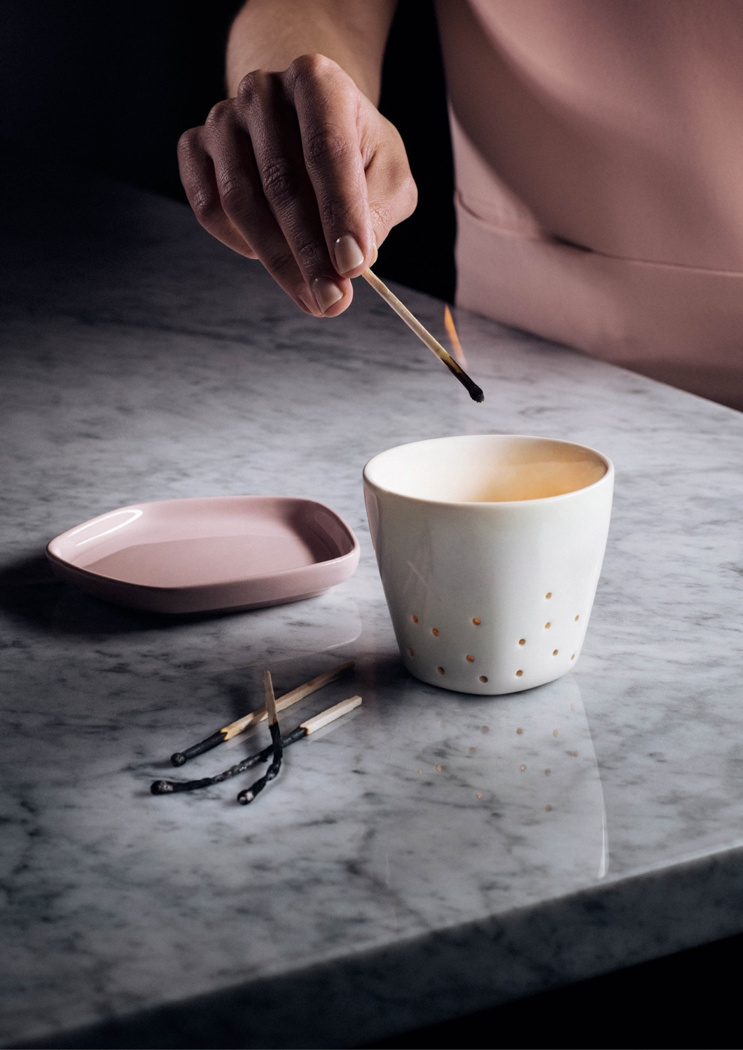 Iittala X Issey Miyake 'Pause For Harmony' collection. This collaboration pairs the intricate and curious worlds of Finnish and Japanese design, bringing a sense of harmony to the home. Image © Fiskars Finland.