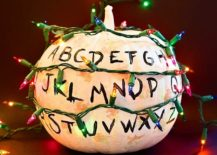 Simple and stylish painted pumpkin idea for Halloween