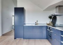 Space-savvy L-shaped kitchen for the tiny attic apartment
