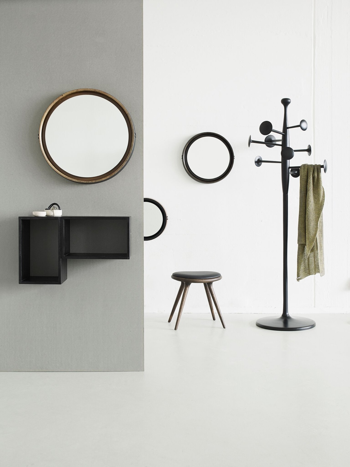 Trumpet Coat Stand in black.