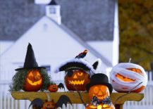 Who says pumpkin carving cannot be both fun and spooky 217x155 100 Pumpkin Decorating Ideas