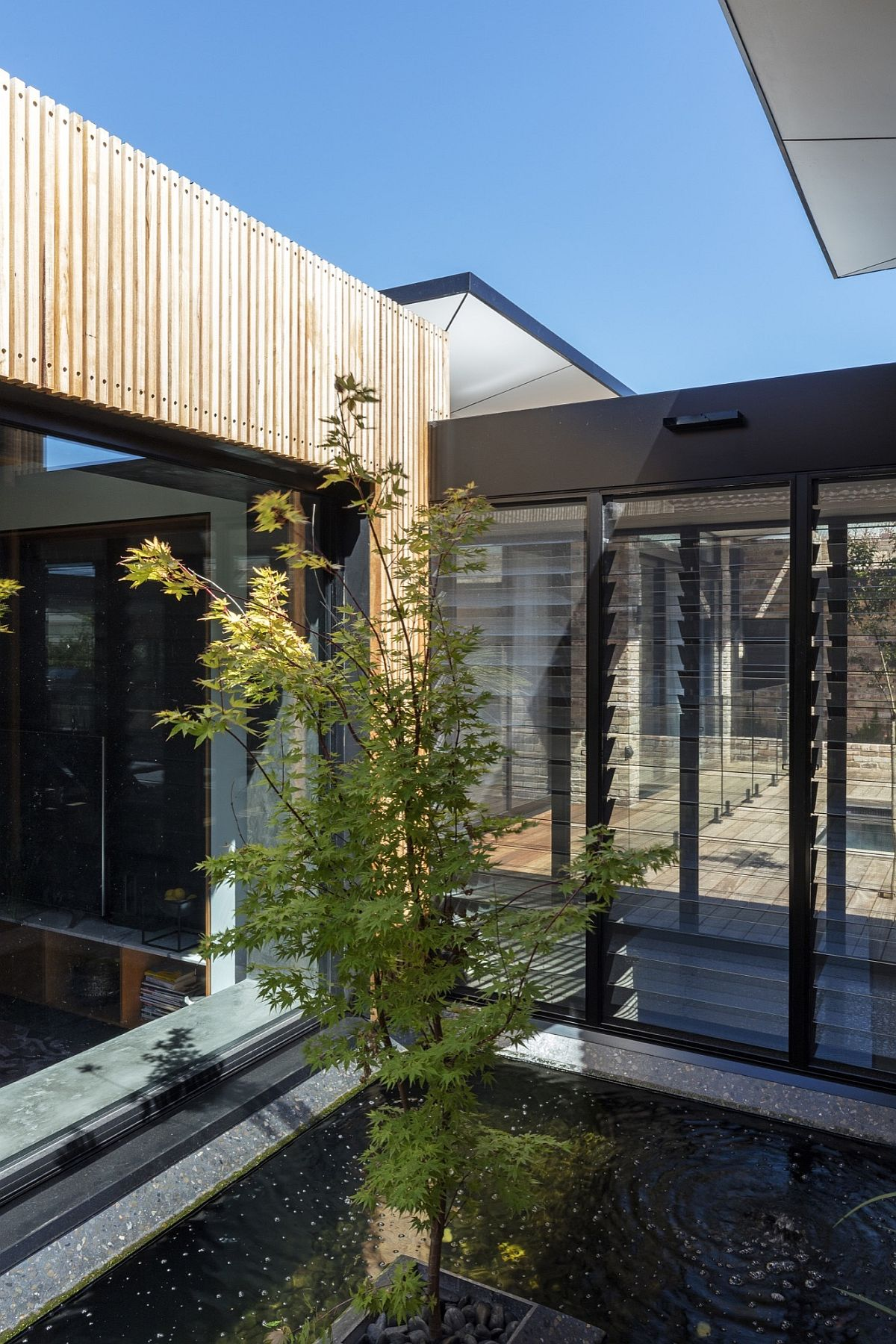 Central courtyard and water feature at the Aussie home