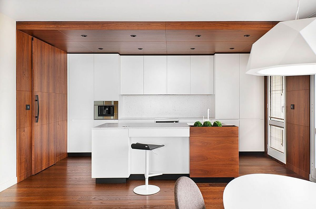 Contemporary kitchen in white and wood