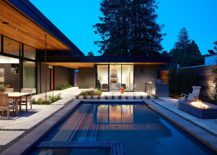 Design-of-poolscape-for-the-Eichler-inspired-home-by-Arterra-Landscape-Architects-217x155