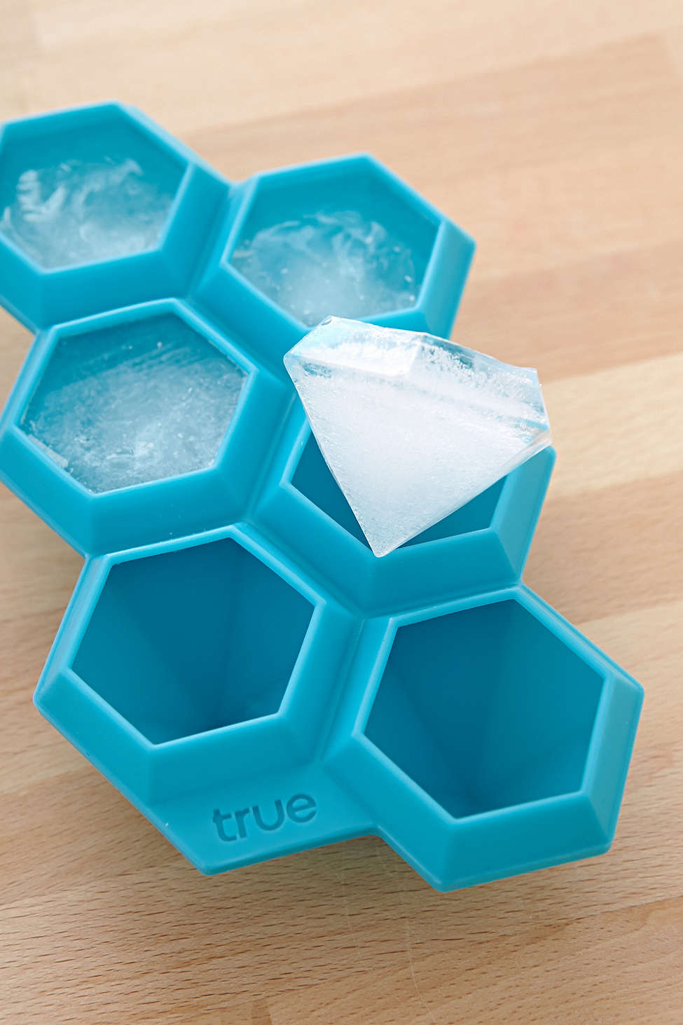 Diamond ice tray from Urban Outfitters