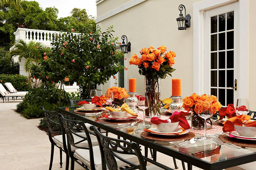 Fabulous outdoor dining idea for an unforgettable Thanksgiving [Design: Gil Walsh Interiors]