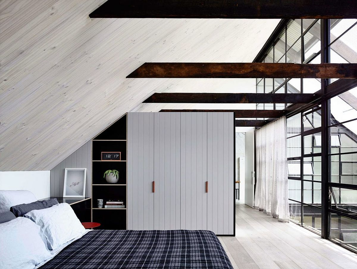 Gorgeous bedroom in black and white with industrial style