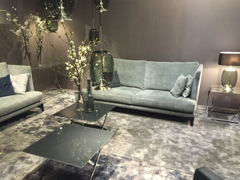 Grey-on-grey design from Cierre