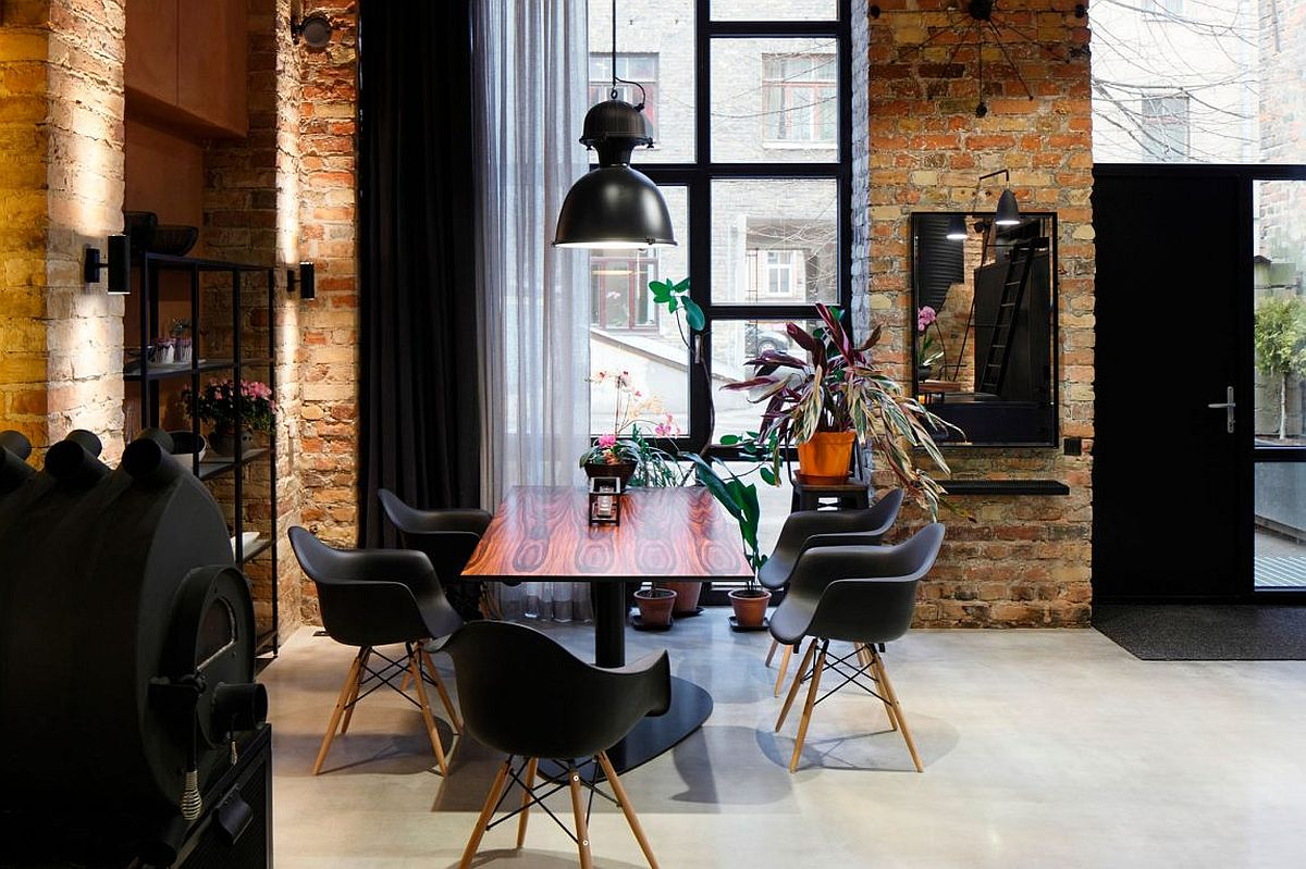 Industrial style pendant light for the dashing dining room