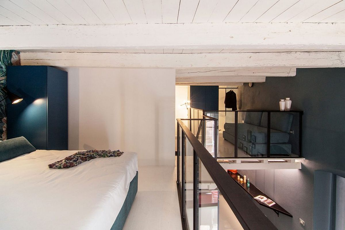 Space-Savvy Italian Home Delights with a Nifty Mezzanine ...