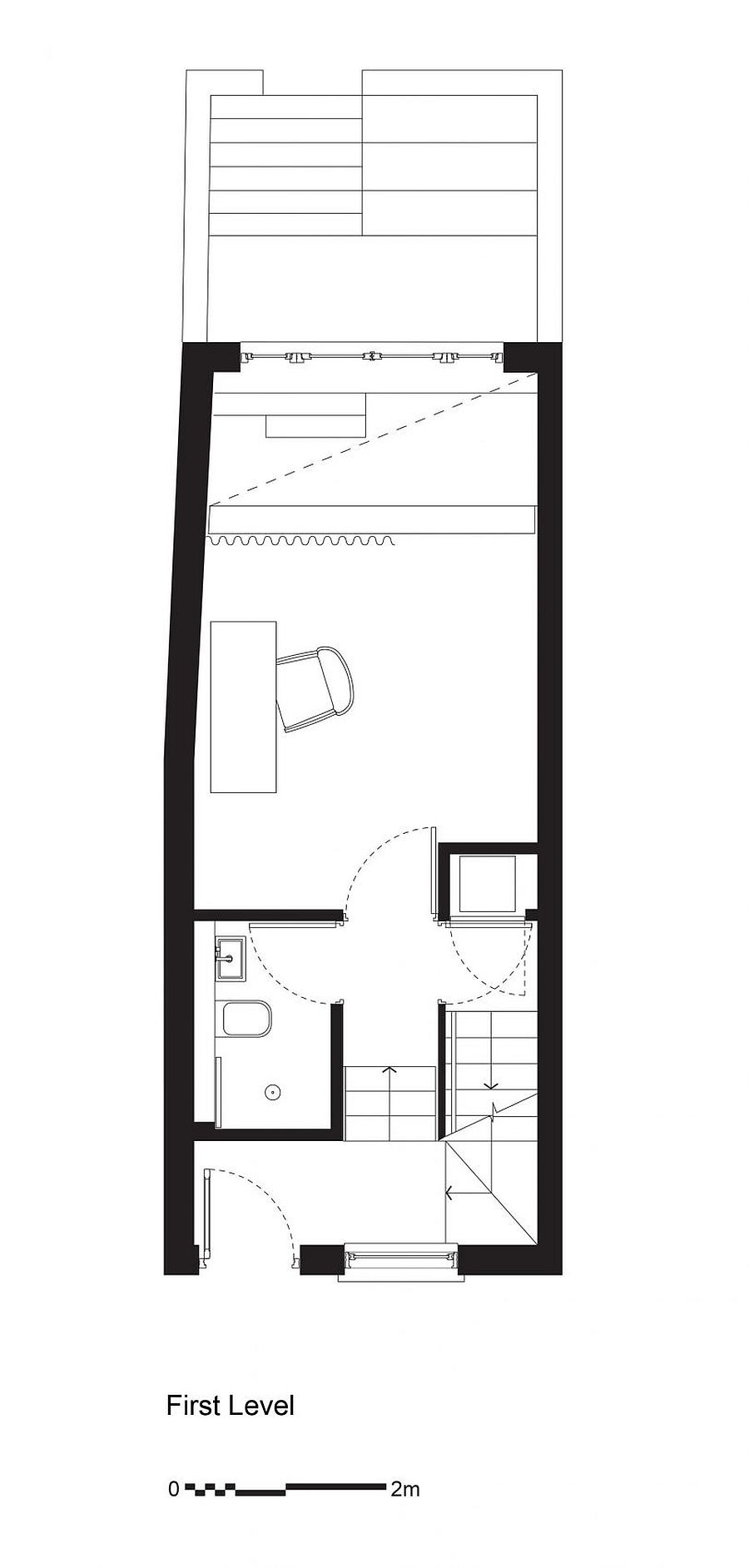 Mezzanine level floor plan with study, bathroom and home library