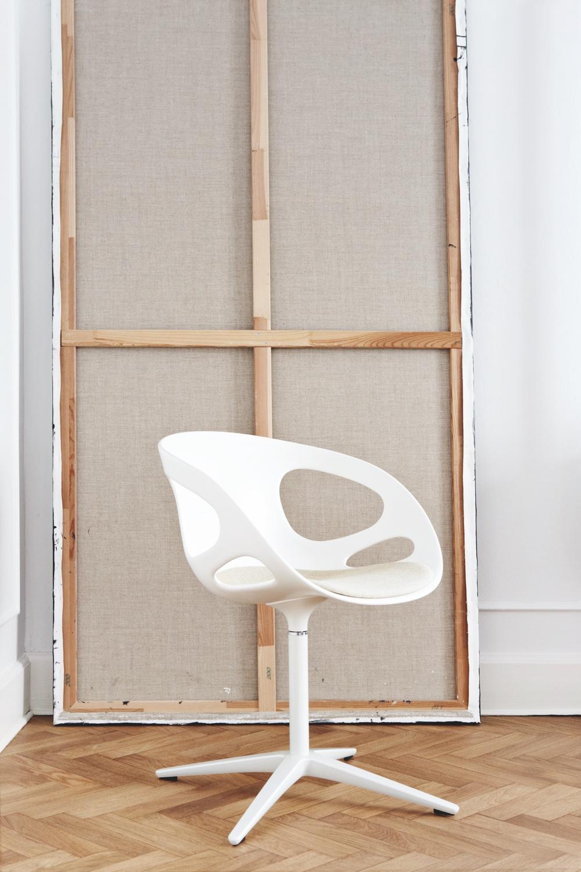 RIN™ swivel chair. Photo byHeidi Lærkenfeldt.