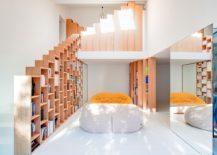 Stepped-bookshelves-define-fabulous-home-makeover-in-Paris-217x155