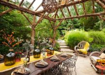Take-your-Thanksgiving-dinner-party-outdoors-this-fall-217x155